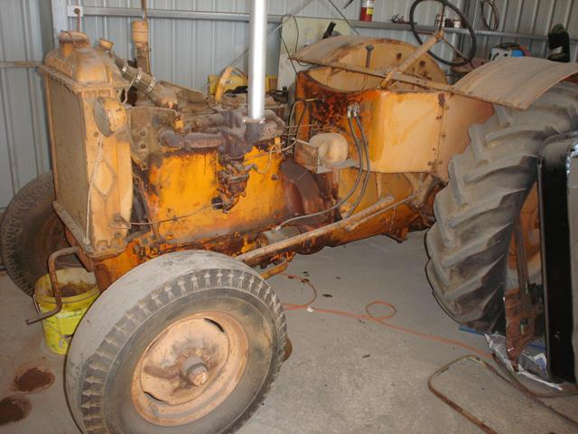Allis Chalmers tractor as it looked on arrival - it's seen better days