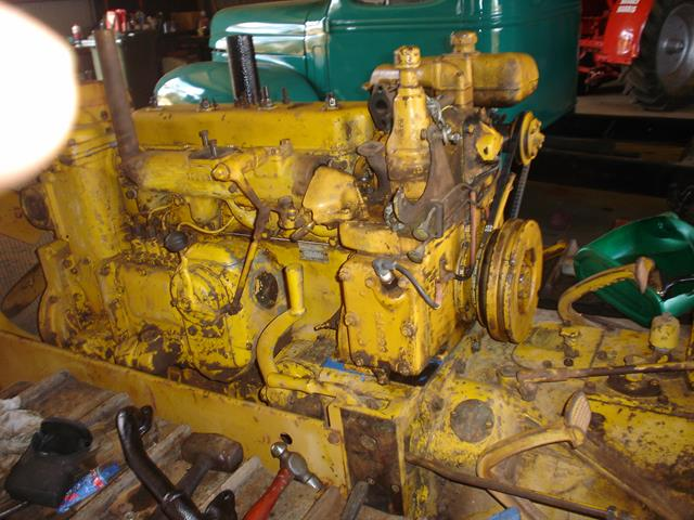 Picture of the unrestored Holt Caterpillar engine